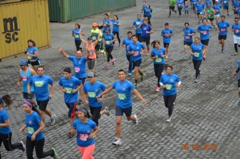 Funcionarios de Nuestro Hospital Participan en Maratón Organizada por el Puerto de Coronel