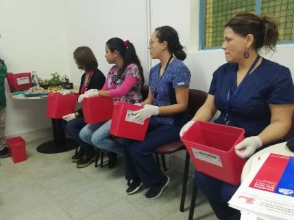 Gran interés concitó taller de compostaje y lombricultura en personal del San José