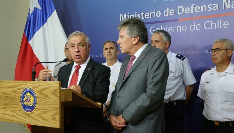 Ministros de Salud y Defensa se coordinan para disponer de hospitales de las Fuerzas Armadas para reforzar red asistencial por Covid-19