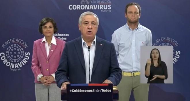Ministro de Salud anuncia nuevas medidas para enfrentar el brote de COVID-19 en el país