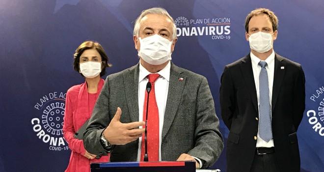 Minsal anuncia que uso de mascarilla en lugares públicos cerrados será obligatorio