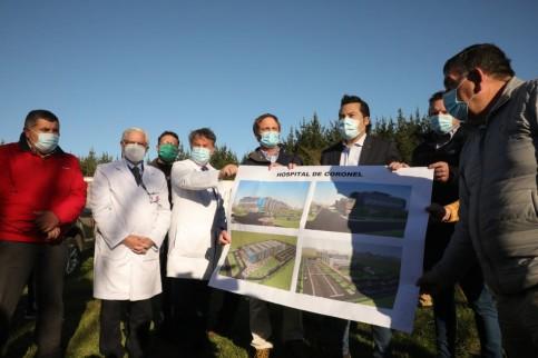 Subsecretario de Redes Asistenciales, Arturo Zúñiga, recorrió terreno donde se emplazará el nuevo Hospital San José de Coronel