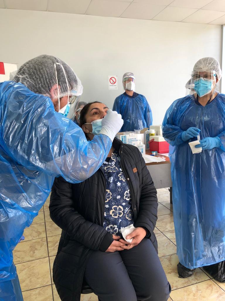 Hospital de Coronel realiza test de PCR a pasajeros de Biotrén